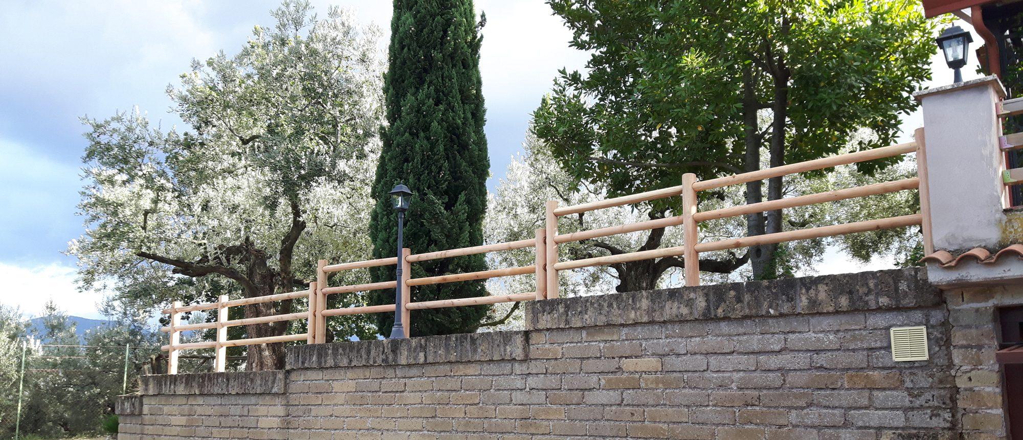 Steccati e staccionate in legno Onlywood Gavi Showroom